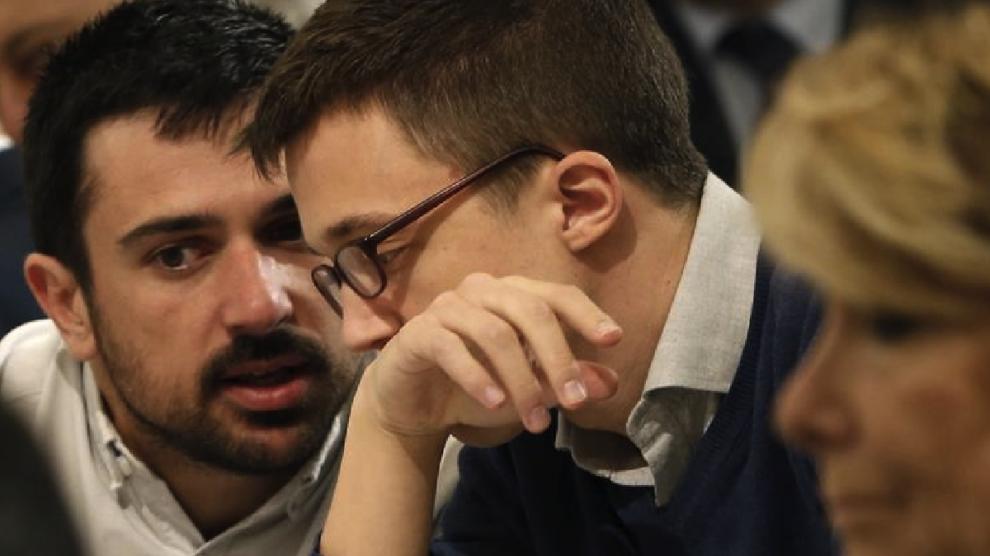 Espinar con Errejón y Aguirre en un desayuno informativo. (Foto: EFE) | Podemos Madrid