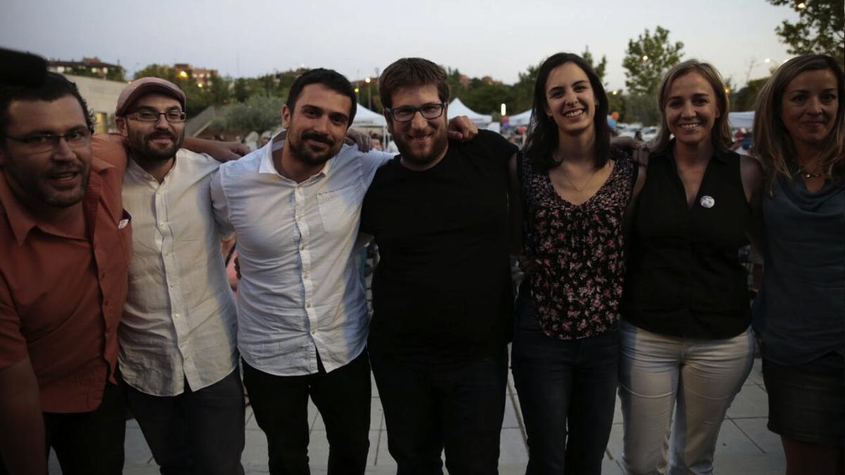 Ramón Espinar junto a Miguel Urbán, Rita Maestre y Tania Sánchez. (Foto: Twitter)