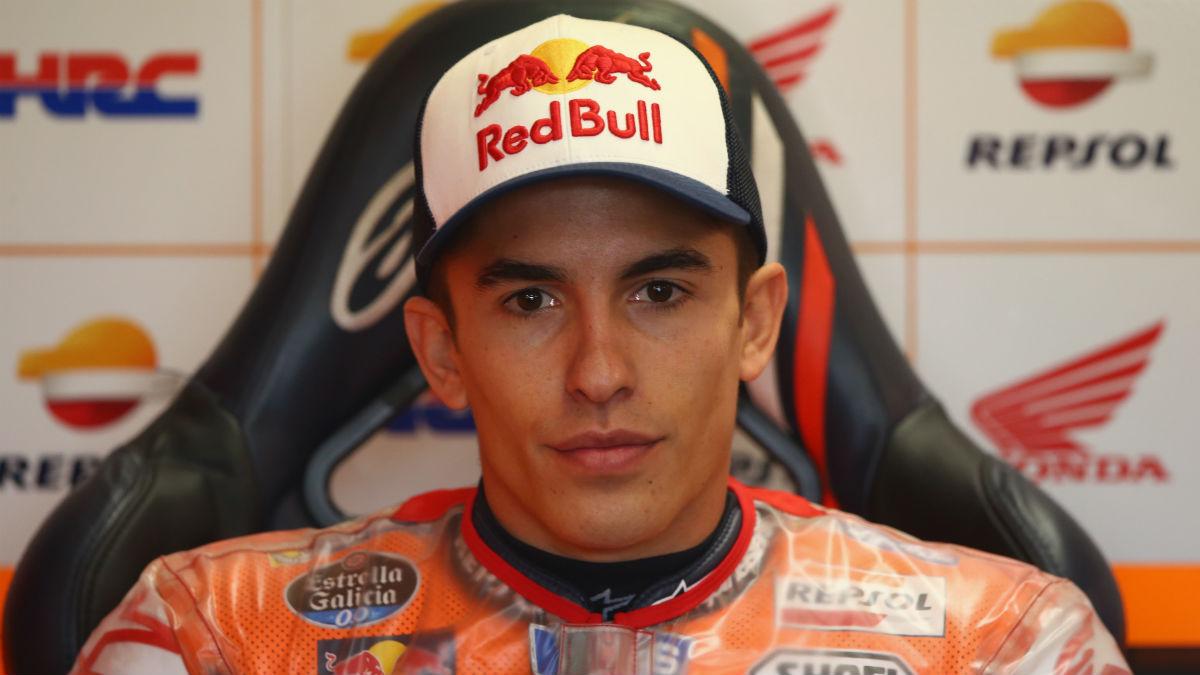 Márquez observa con curiosidad el enfrentamiento entre los pilotos de Yamaha, aunque sin querer entrar en polémicas. (Getty)