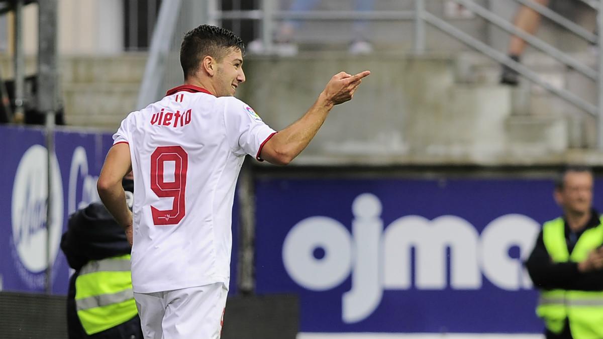 Vietto anotó el 1-0 del Sevilla en Ipurúa. (AFP)