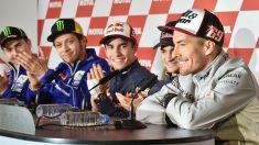 Haydnen, en una rueda de prensa con los cuatro reyes de MotoGP. (AFP)