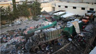 Aspecto de los camiones de ayuda humanitaria atacados en Alepo, Siria. (AFP)