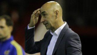 Pako Ayestarán, destituido como entrenador del Valencia. (AFP)