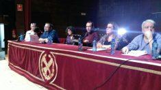 Pablo Echenique con el resto de miembros que impartirán clases en la Complutense. (Foto: Luz Sela)