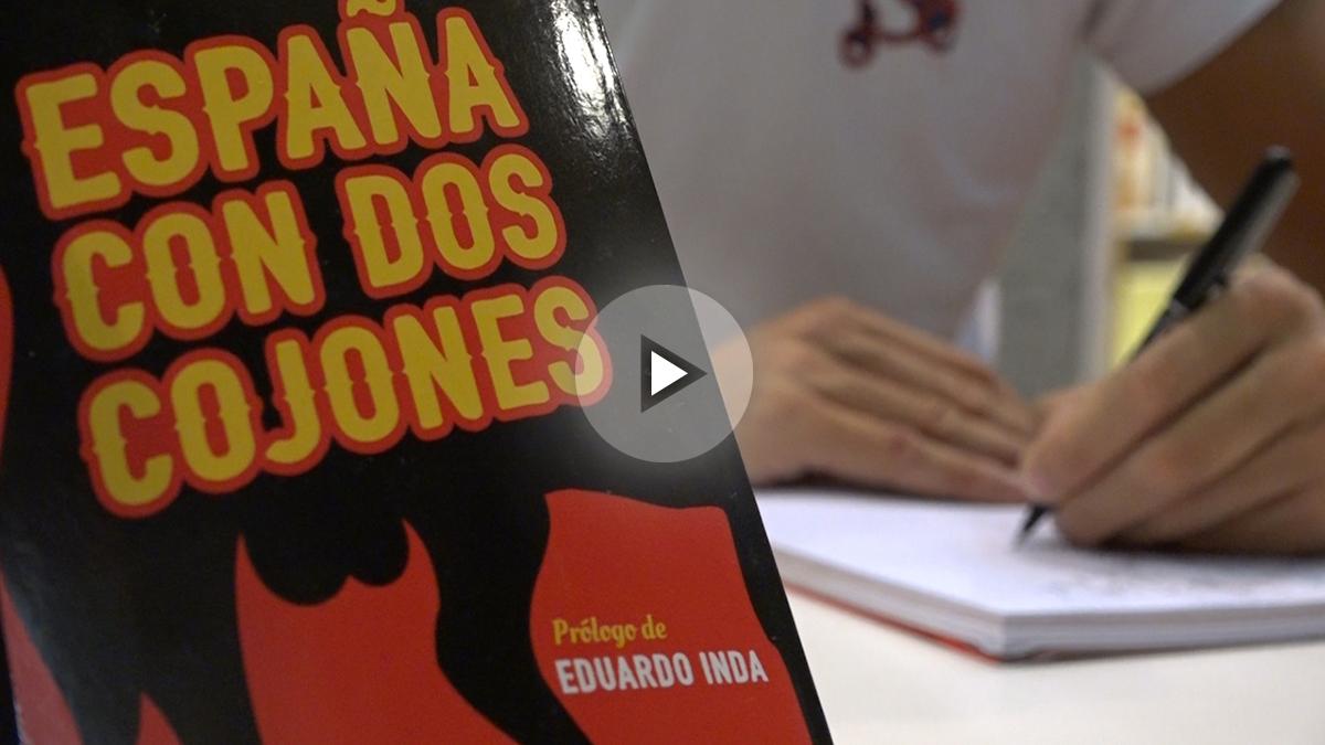 Firma de libros de Ojeda. (Foto: Okdiario)