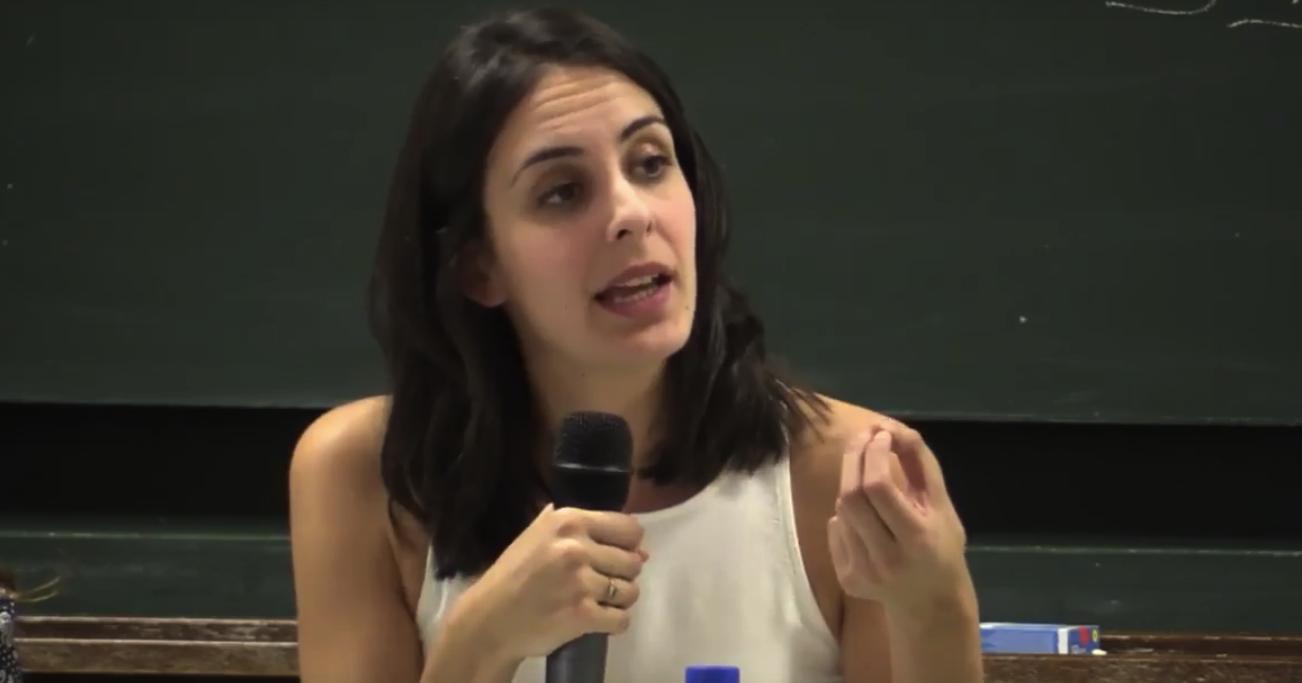 Rita Maestre en la Universidad Podemos. (Foto: YT)