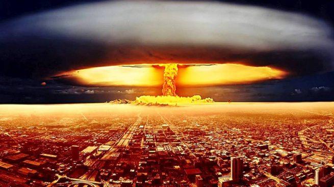funciona una bomba atómica