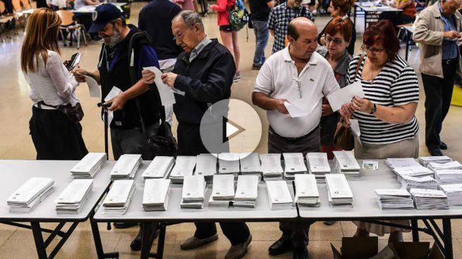 La participación en Galicia, equivalente a la de 2012 mientras baja 3 puntos en el País Vasco