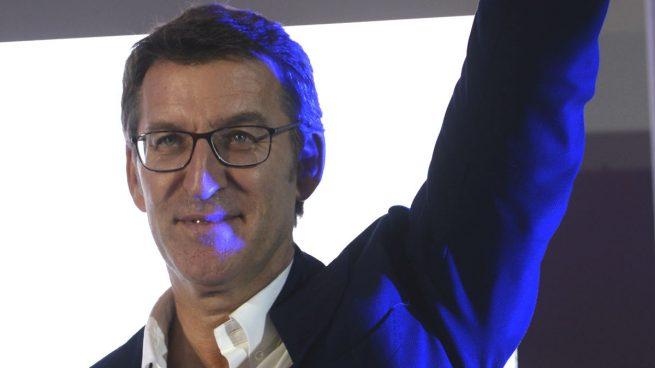 Feijóo y 'Viri', mujer de Rajoy, los invitados estrella de la tribuna