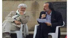 Fernán Vello (dcha), en un acto de campaña.