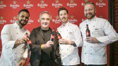 Ferran Adriá (de negro) brinda con Estrella Damm junto a reconocidos chefs en la presentación del II Gastronomy Congress. E.DAMM