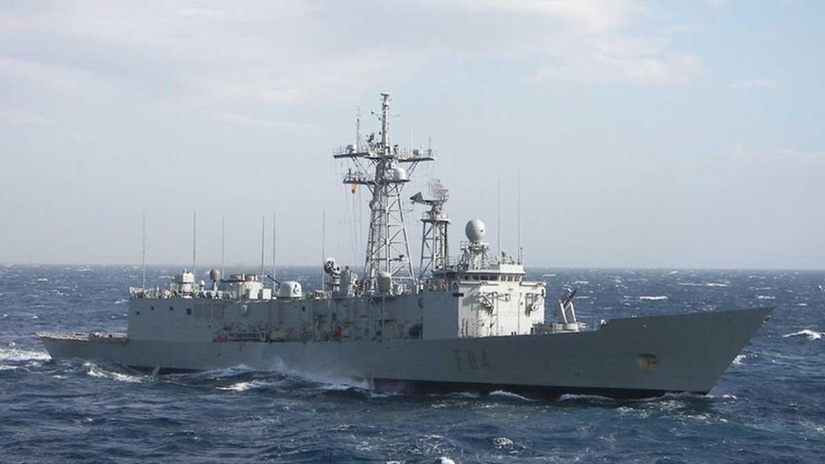 La fragata Reina Sofía durante su último despliegue. (Foto: Ministerio de Defensa)