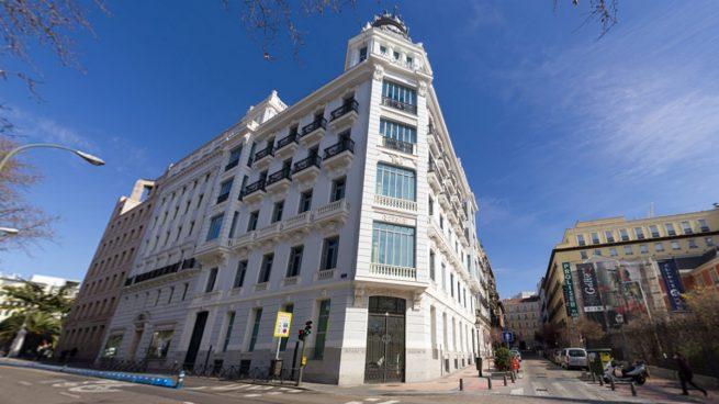 La CNMV suspende la cotización de Liberbank y Abanca ante una posible OPA