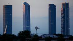 A la derecha, la Torre Cepsa (Foto: GETTY).