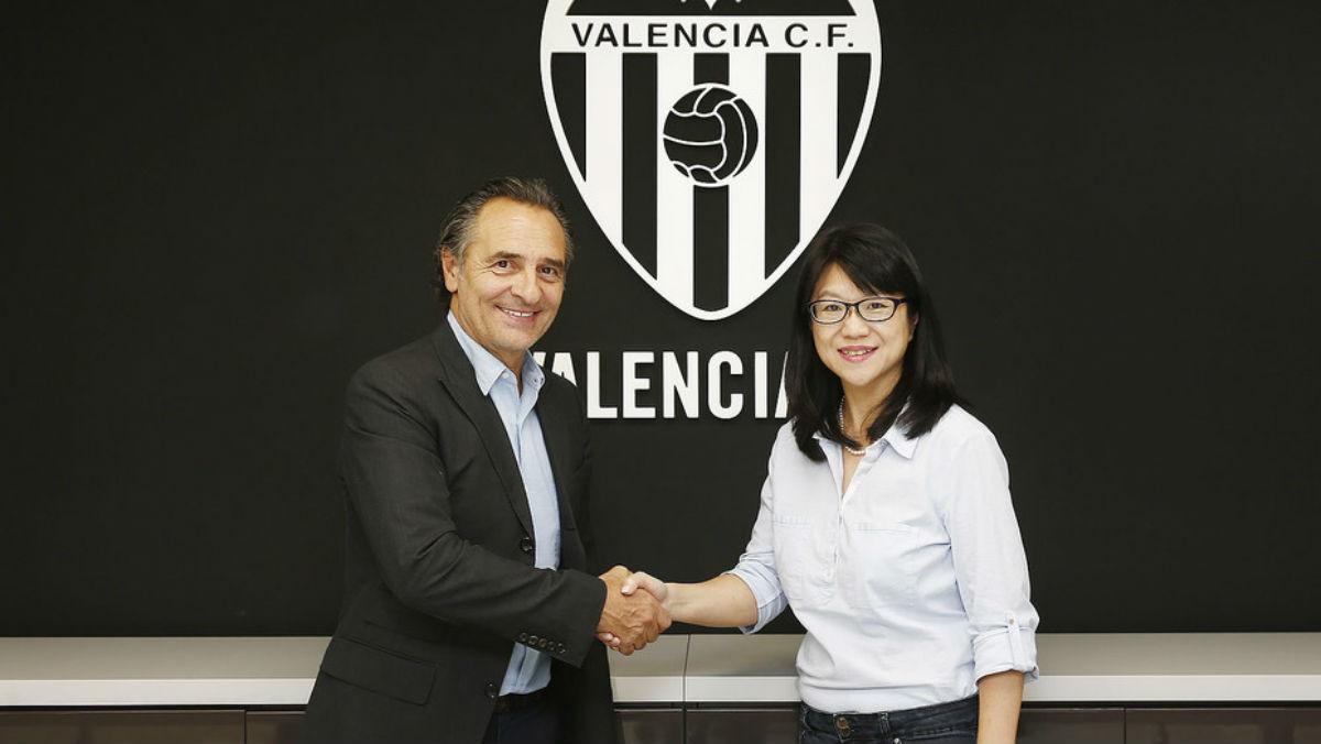 Prandelli en su presentación como entrenador del Valencia. (Valenciacf.com)