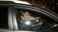 López Aguilar abandonando Ferraz este sábado (Foto: Efe).