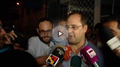 César Luena a la salida de la sede del PSOE.