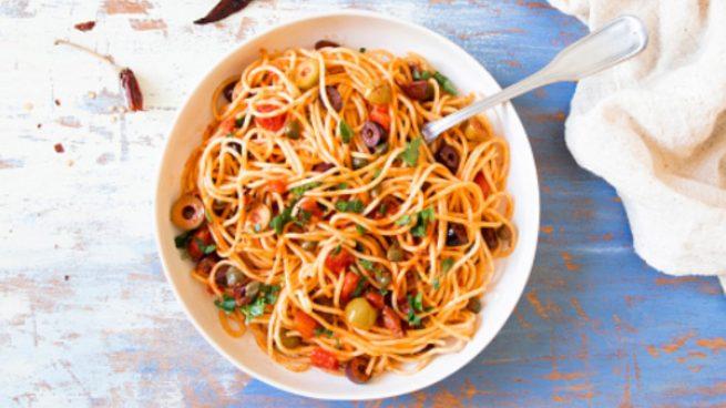 Salsa putanesca, receta auténtica para disfrutar de unos espaguetis