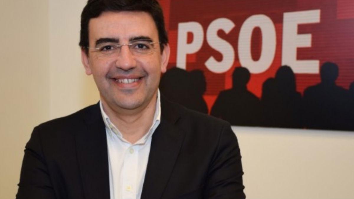El portavoz de la gestora del PSOE, Mario Jiménez. (Foto: PSOE)