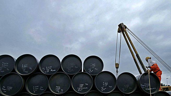 El petróleo se anota su mayor subida trimestral desde 2004