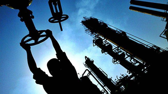 Precio del petróleo sube respaldado por la OPEP