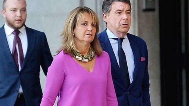ignacio González y su esposa Lourdes Cavero (Foto: Getty).