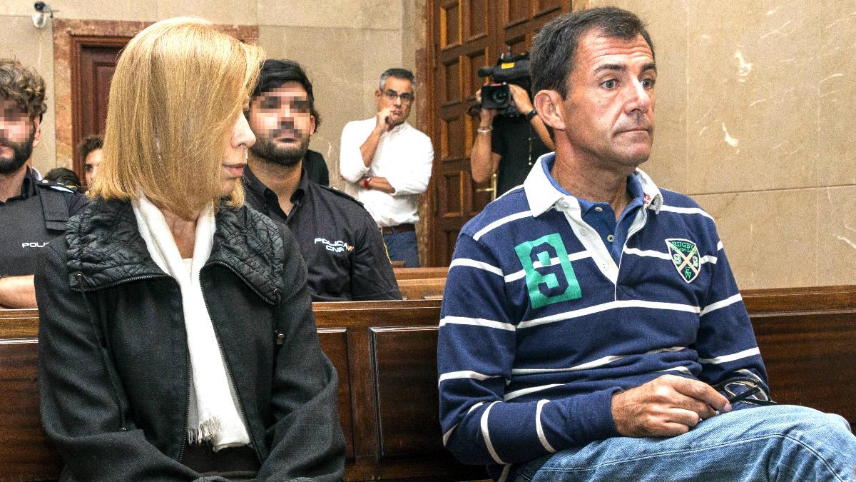 Munar y Nadal en el banquillo en un reciente juicio (Foto: Efe).