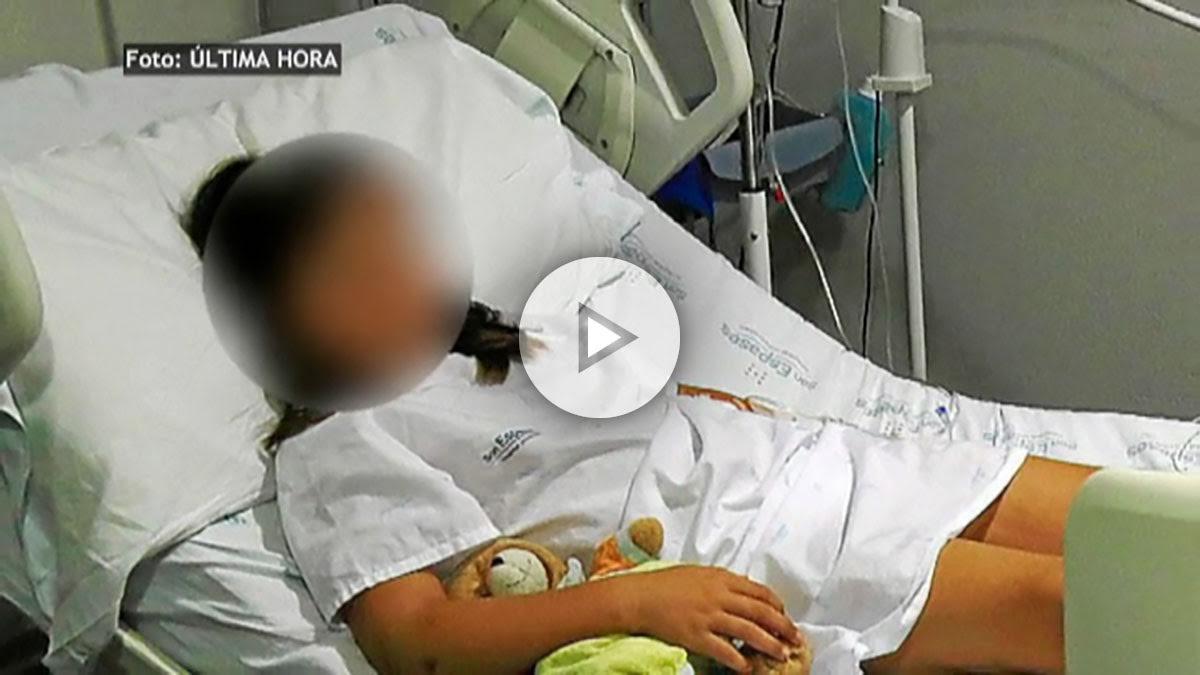 La niña agredida ingresada en el hospital Son Espases de Palma.