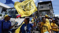 Ciudadanos de Venezuela se congregan en oposición a Nicolás Maduro (Foto: AFP)