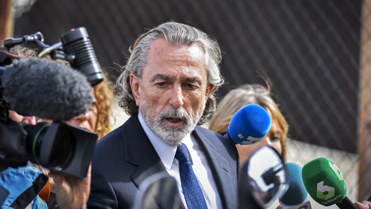 Francisco Correa, a las puertas del juzgado del 'caso Gürtel'. (EFE)
