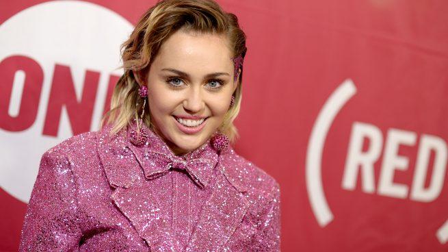 Miley Cyrus asegura en una entrevista que es pansexual