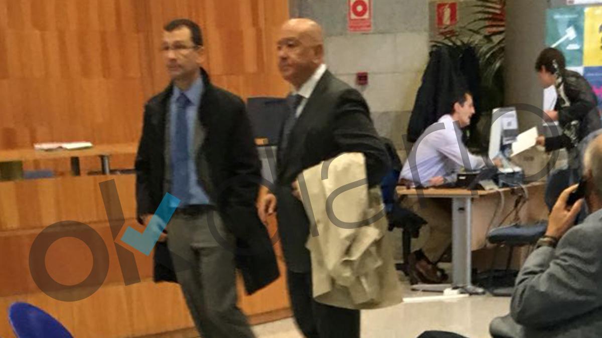 El comisario Marcelino Martín Blas en el centro de la imagen (Foto: OKD).