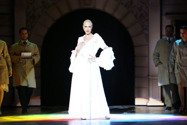 Inma Mira caracterizada como Eva Perón, 'Evita'.