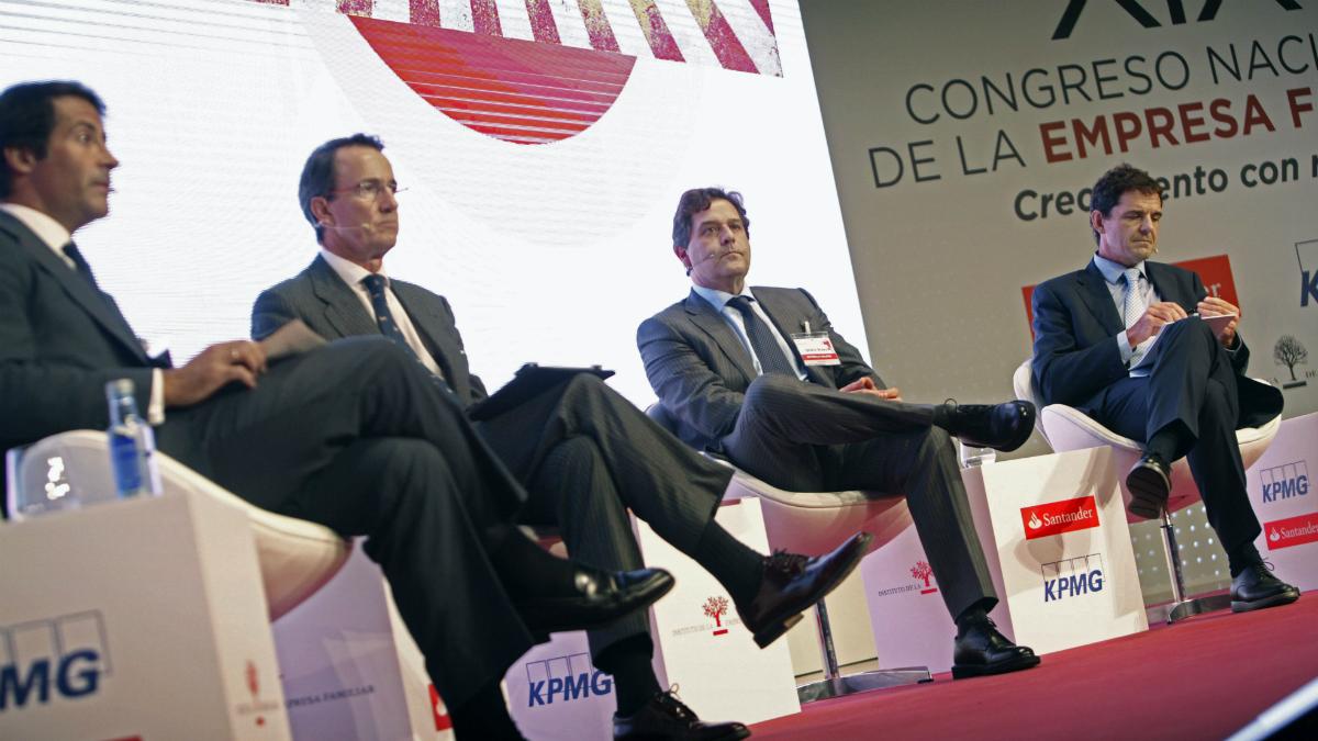 Ignacio Rivera, Joaquín Uriach, Mauricio González Gordón y Juan José Cano, en el Congreso de Empresa Familiar (Foto: EFE).