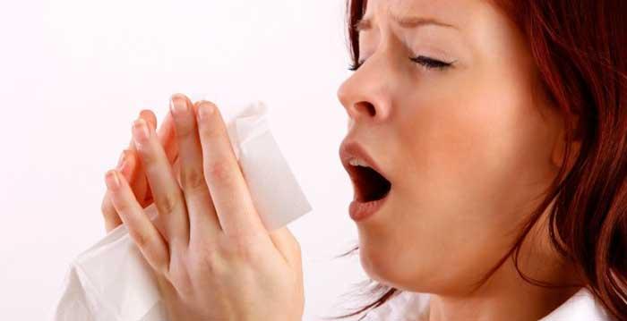 ¿Sabías que el color de los mocos nos dice si estamos enfermos?