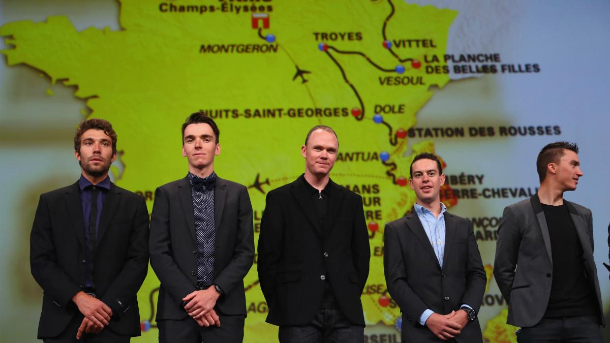 Froome, junto a Porte, Pinot, Alaphillippe y Bardet, en la presentación del Tour 2017. (Getty)
