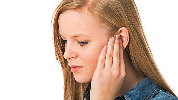 tengo un sonido en mi oido derecho