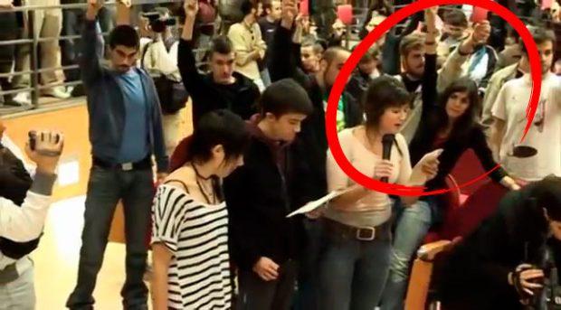 Así escracharon a Rosa Díez los líderes de Podemos que aplauden el acoso a González