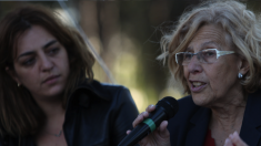 La alcaldesa de Madrid, Manuela Carmena, junto a Celia Mayer. (Foto: Flickr)