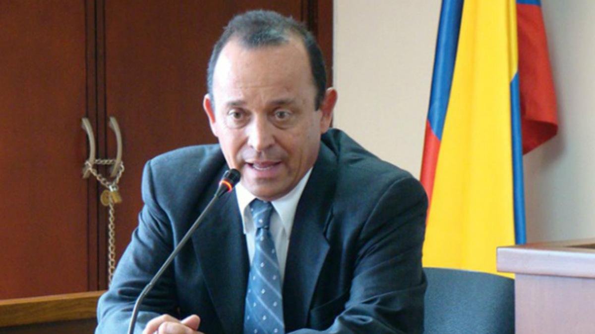 Santiago uribe Vélez, hermano del ex presidente colombiano Álvaro Uribe Vélez, y acusado de crear un grupo paramilitar.