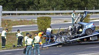 Un coche siniestrado en un reciente accidente (Foto: Efe).