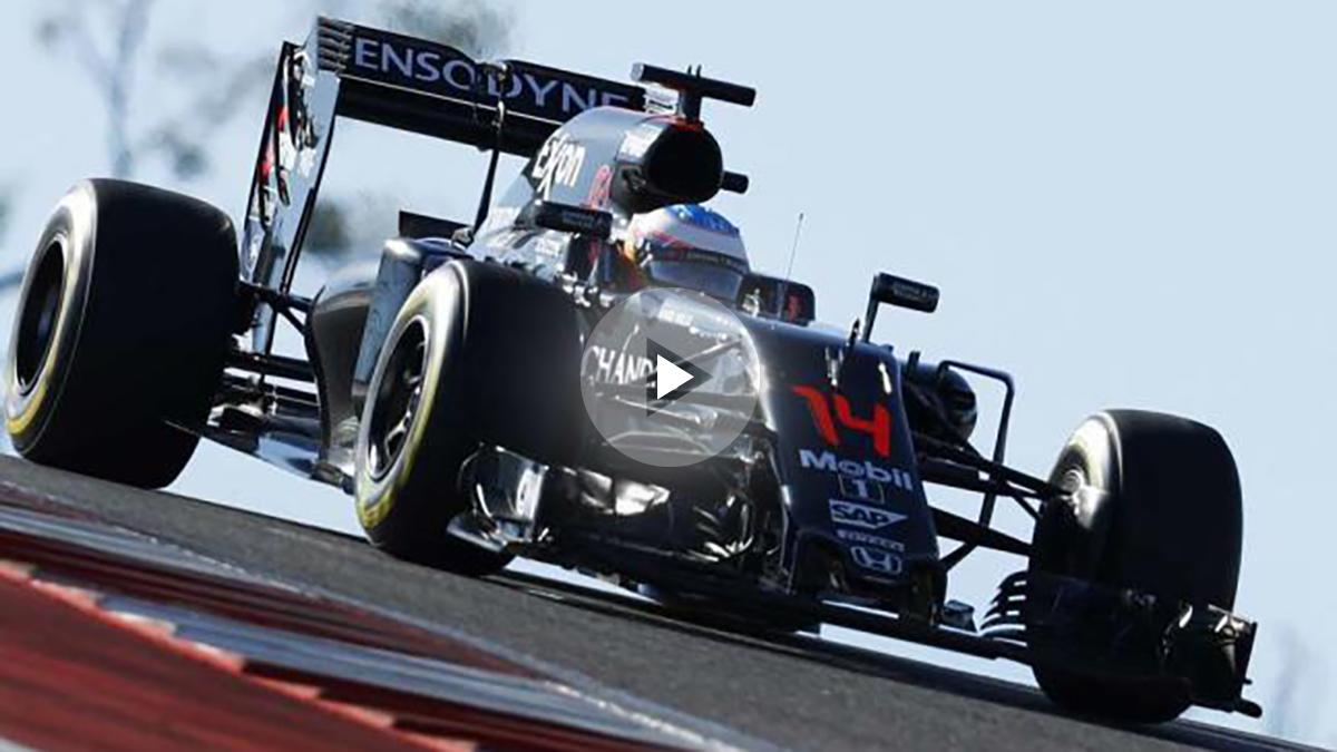 Fernando Alonso grita «yiha» por la radio.