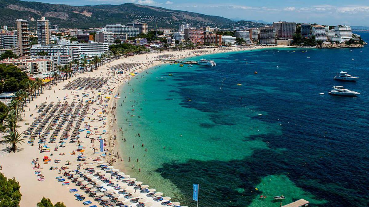 La costa de las Islas Baleares es un destino turístico muy popular . GETTYIMAGES