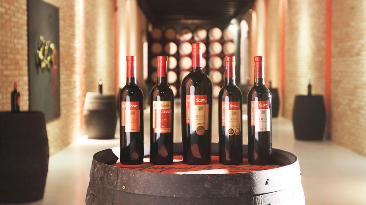 Botellas de Pata Negra Rioja.