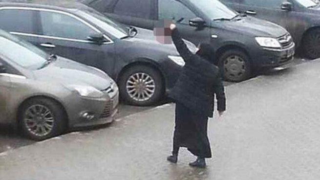La baby-sitter que se paseó por Moscú con la cabeza de una niña decapitada se declara culpable