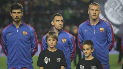 Los jugadores de Barcelona y Espanyol no cantaron el himno catalán. (fcf.cat)