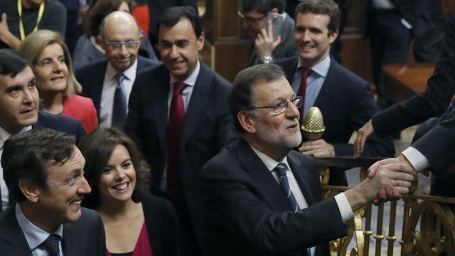 Rajoy podría aplazar al miércoles el anuncio de sus nuevos ministros