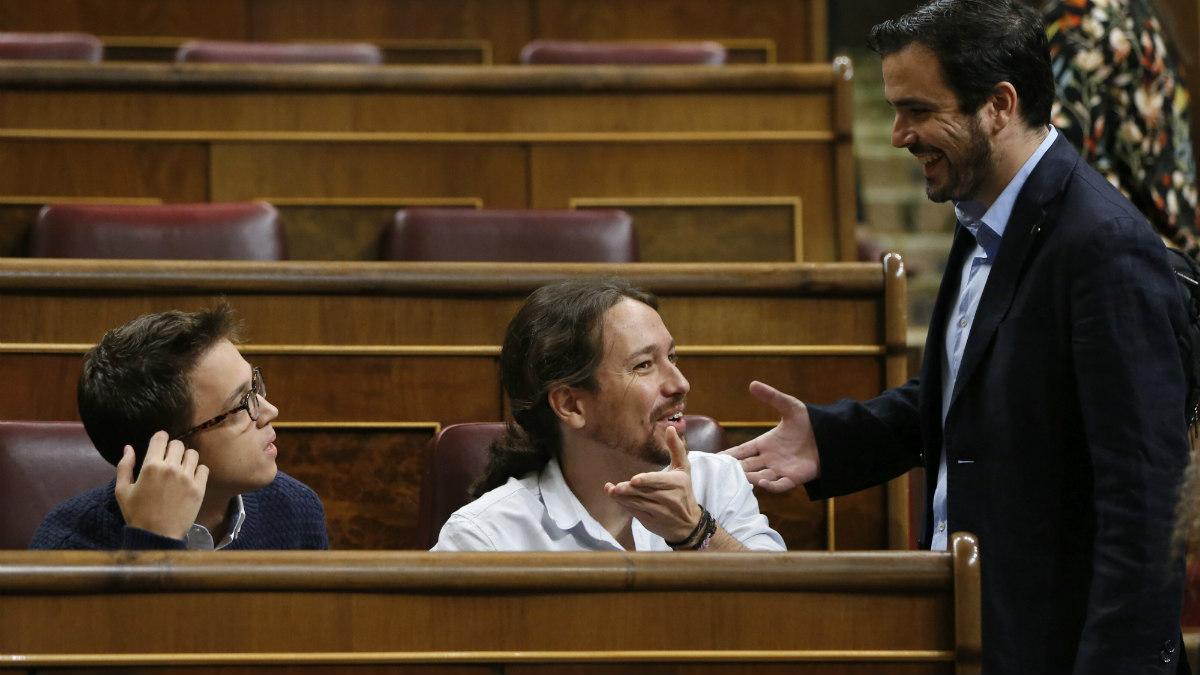 Iñigo Errejón, Pablo Iglesias y Alberto Garzón en el debate de investidura de Rajoy (EFE).