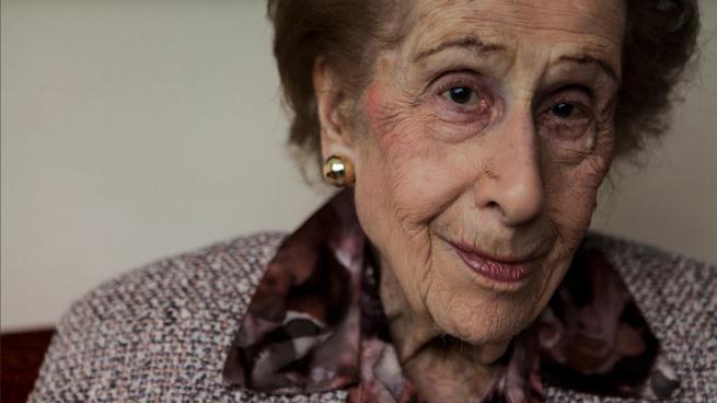 Muere a los 101 años Irene Bergman, la mujer que más tiempo trabajó en Wall Street