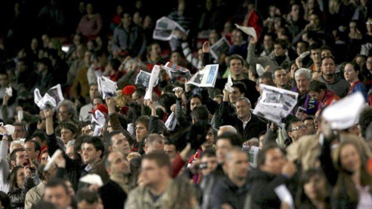 El Camp Nou se manifestó contra Javier Tebas.
